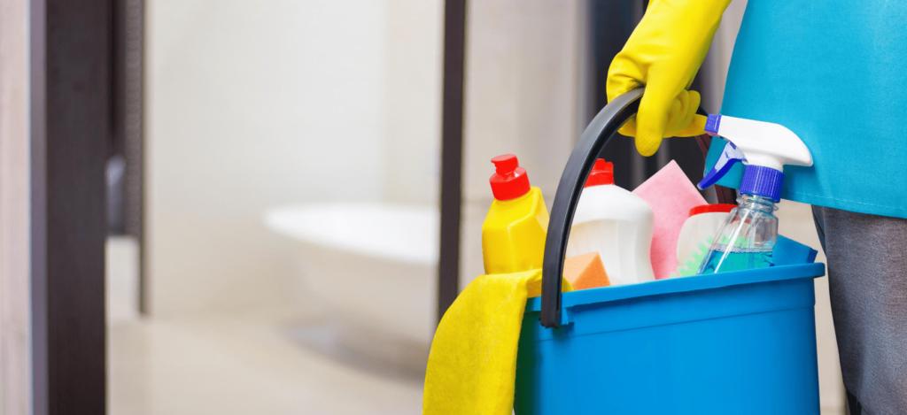 Desinfektionsspender reinigen